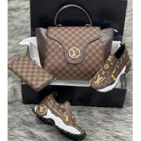 Дамска чанта спортни обувки и портфейл